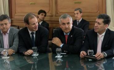Gobernadores avalaron la reforma en Ganancias y piden aprobarlo en el Congreso