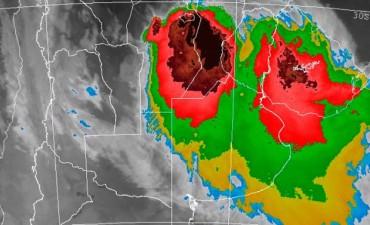 Llueve y sigue el alerta por tormentas: Cuándo mejoraría el tiempo