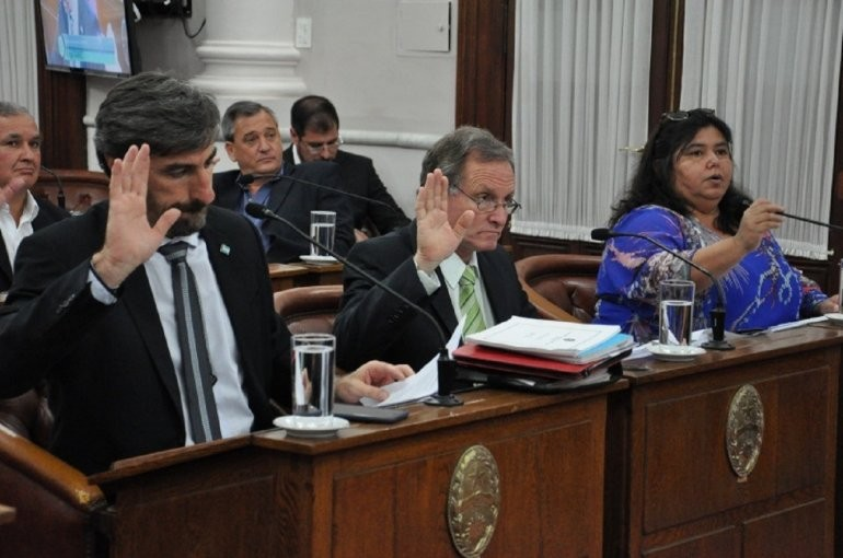 Prorrogaron las sesiones ordinarias en el Senado de Entre Ríos