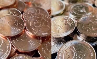 Así son las nuevas monedas de $1 y $5 que ponen en circulación la semana próxima