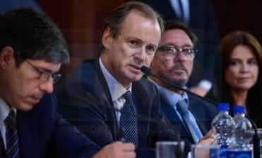 Si se caía el pacto fiscal, en abril Bordet no podría pagar los sueldos