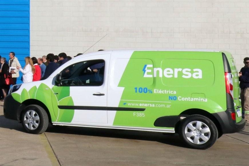 Uso de vehículos oficiales: legisladores dieron el OK al proyecto que lo regula