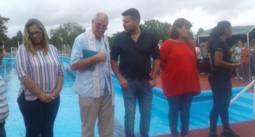 Arrancó la temporada de pileta en el natatorio municipal de Federal