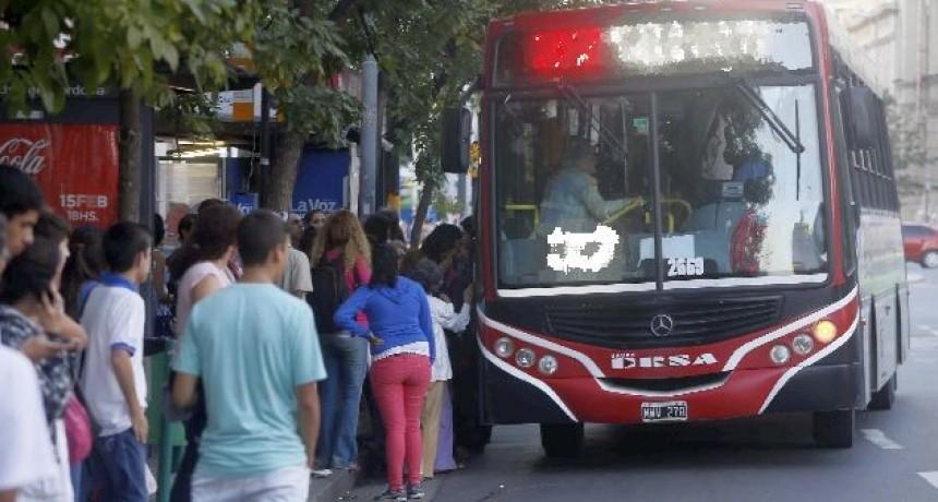 Transporte urbano: La provincia absorberá el 50% de subsidios que Nación eliminó
