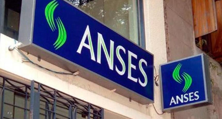 El gobierno toma 86.000 millones de pesos de la Anses
