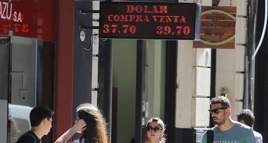 El dólar otra vez cerca de 40 pesos: Cuáles son las causas de la suba