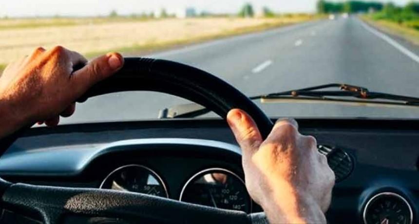 Alcohol al volante: Proyecto de ley prevé inhabilitación por 10 años