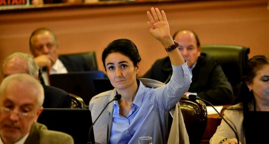 Diputada de Cambiemos criticó la domiciliaria de Aguilera y le recordaron los delitos que cometió su marido