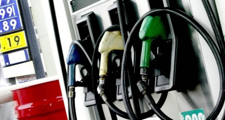Estiman que la nafta podría subir hasta 25% durante el primer semestre de 2019