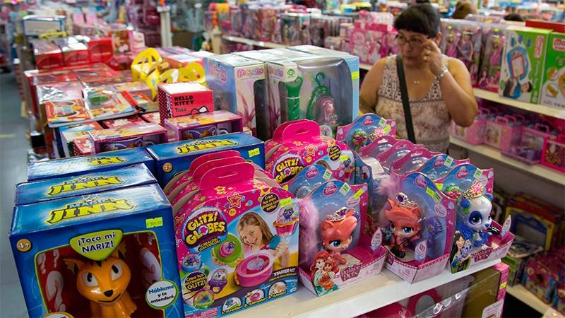 Indumentaria y juguetes, rubros que mayor demanda tendrán en compras de Navidad