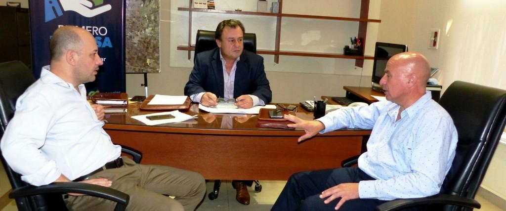 La provincia trabaja en soluciones habitaciones para cinco localidades entrerrianas