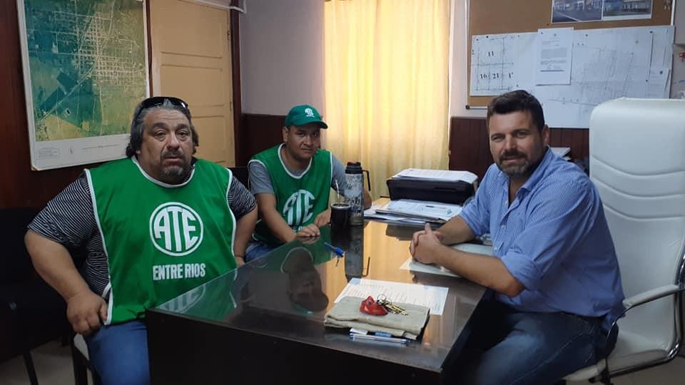 Encuentro de trabajo del Intendente Chapino y la Seccional de Ate