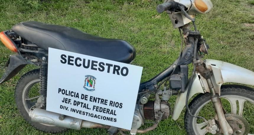 Secuestran moto que fuera robada