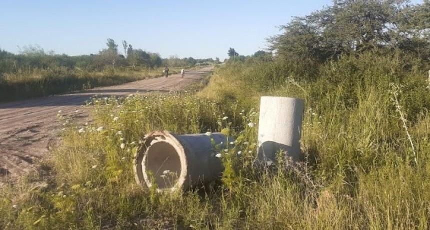 Actividad ilícita de vecinos que se llevaban tubos de propiedad municipal