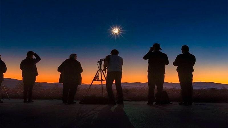 Eclipse total de sol: Consejo para observar el fenómeno sin dañar la vista
