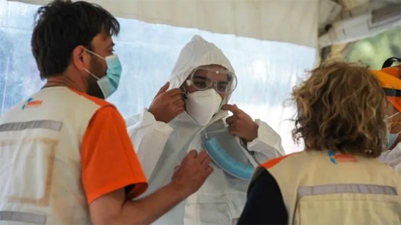 Argentina sumó 211 muertes y 6994 nuevos contagios por covid-19