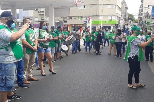 Trabajadores públicos pararon reclamar apertura de paritarias
