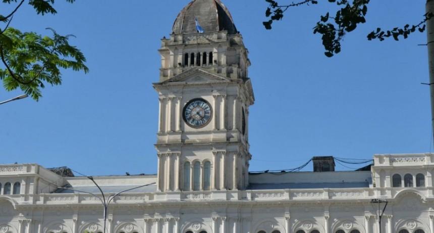 Se abona desde este martes el bono a empleados y jubilados provinciales