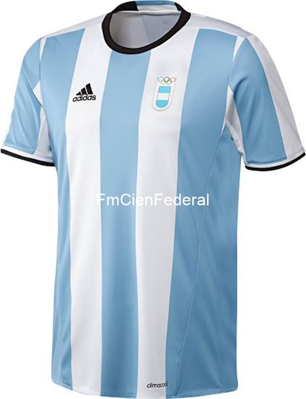 487ef316140a6 Así será la camiseta de la Selección de fútbol en los JJOO  ¿por qué no  aparece el escudo de la AFA